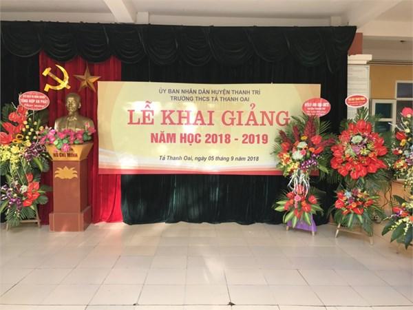 Thầy và trò trường thcs tả thanh oai tưng bừng chào mừng  năm học mới 2018-2019